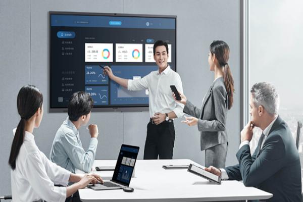 会议平板市场成万亿级新蓝海,MAXHUB智能会议平板开拓行业新标杆